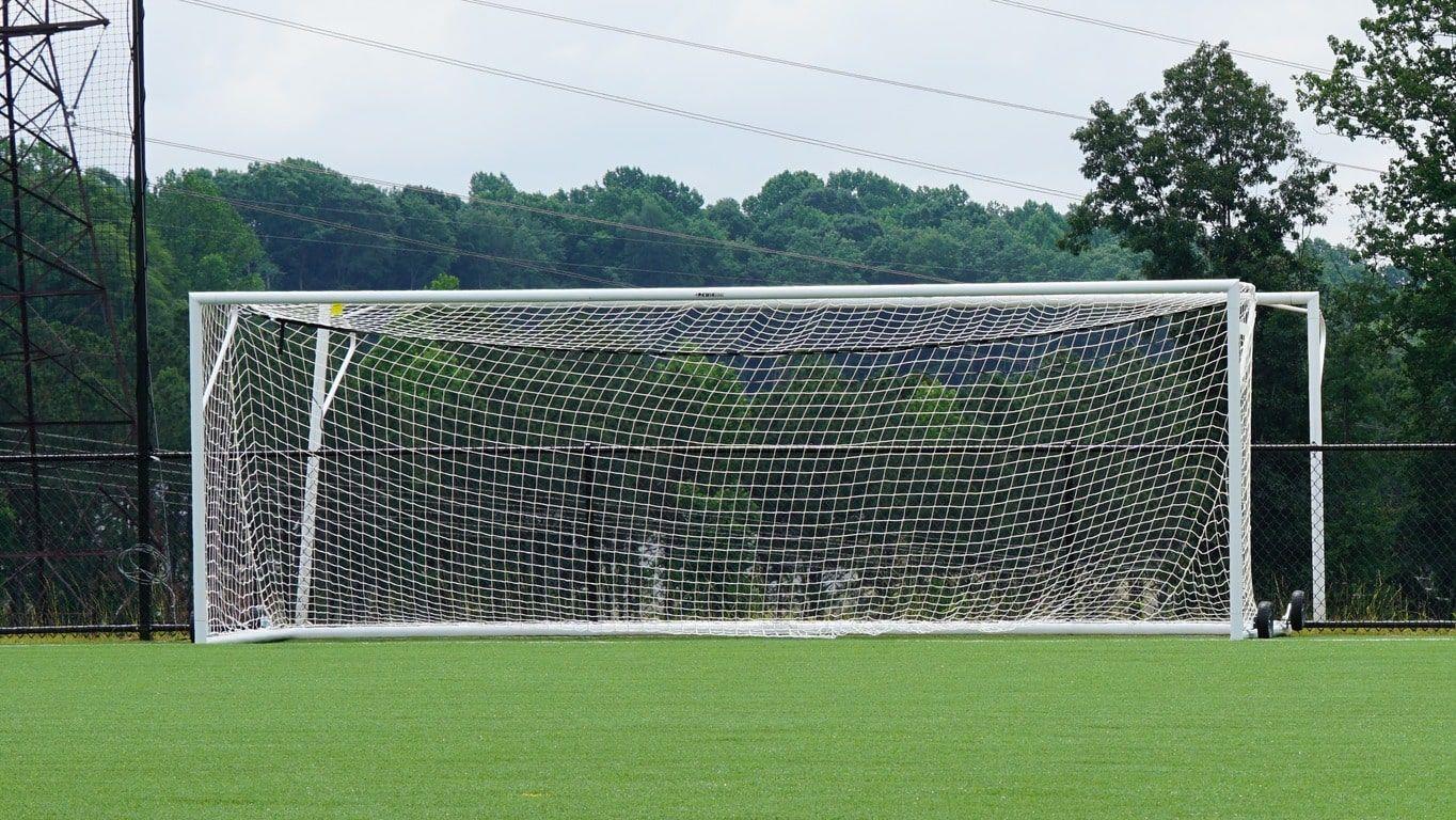 Металлические футбольные ворота